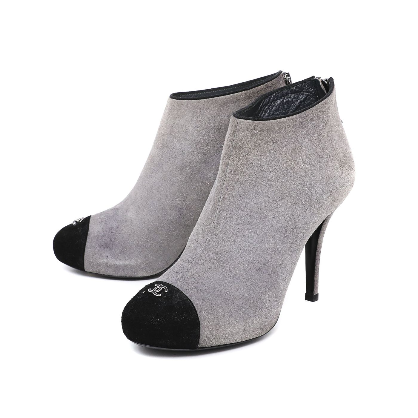 Chanel Bicolor Captoe CC Ankle Boots 39.5