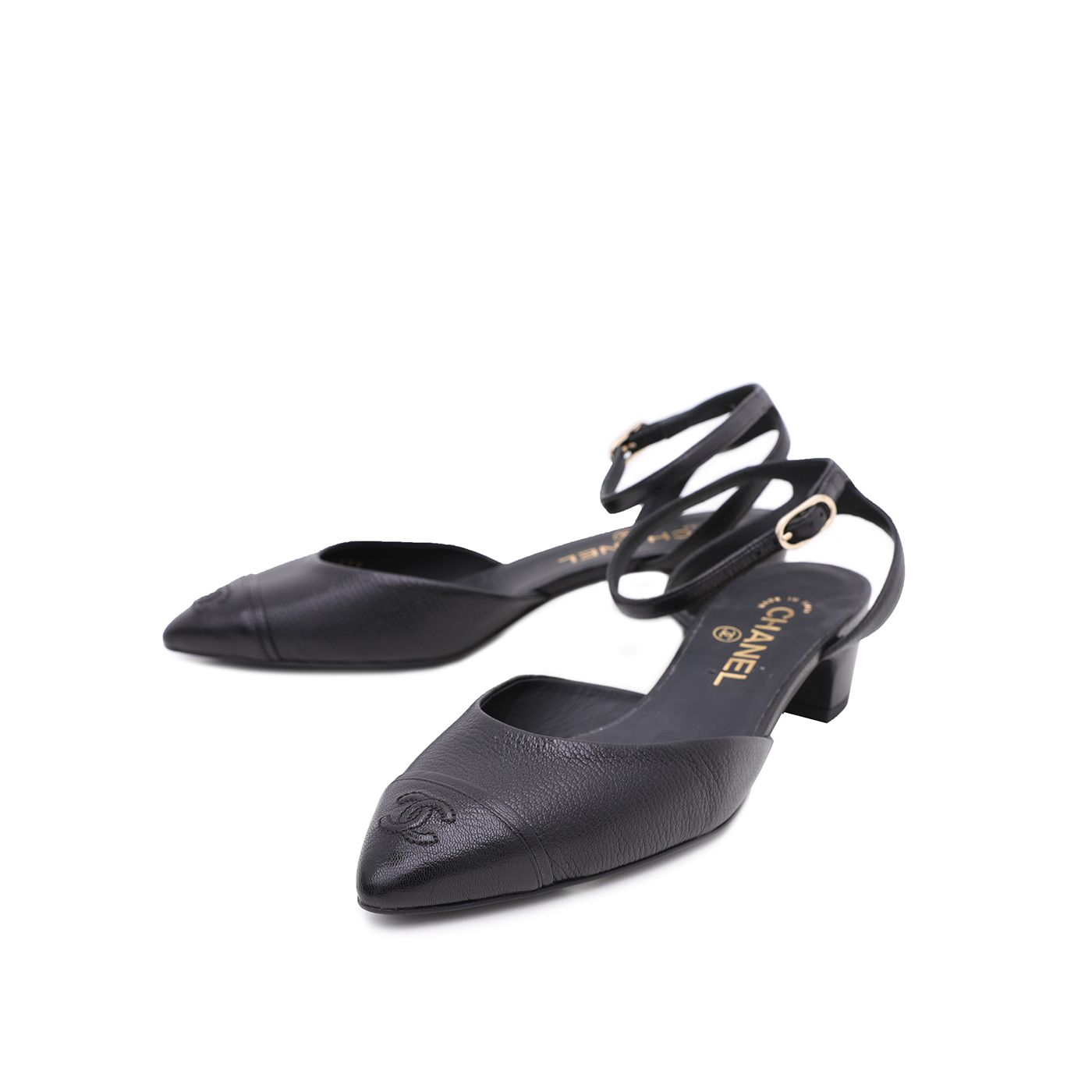 Chanel Black CC Goatskin Cap Toe Low Pumps 38.5