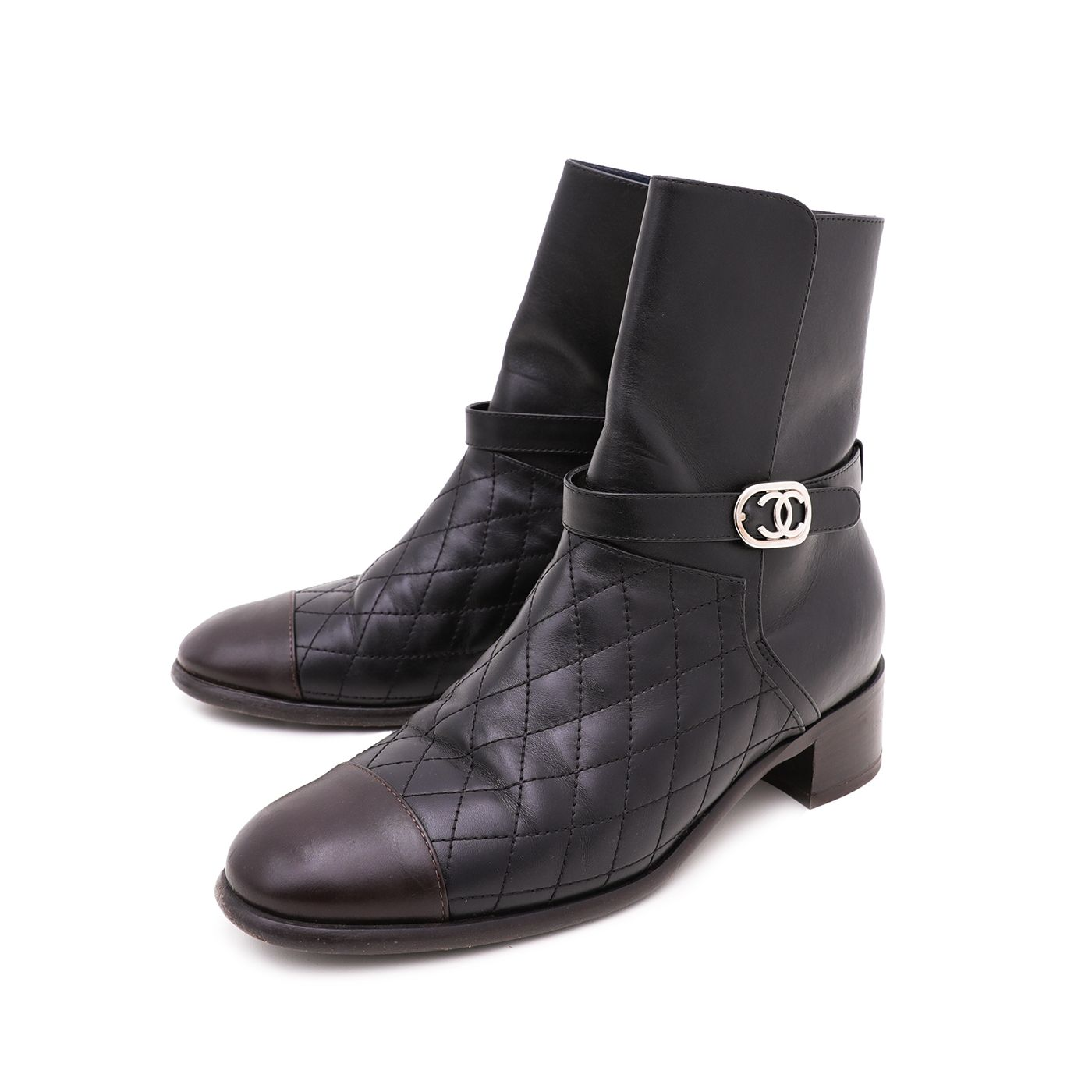 Chanel Bicolor CC Quilted Ankle Boots 39.5