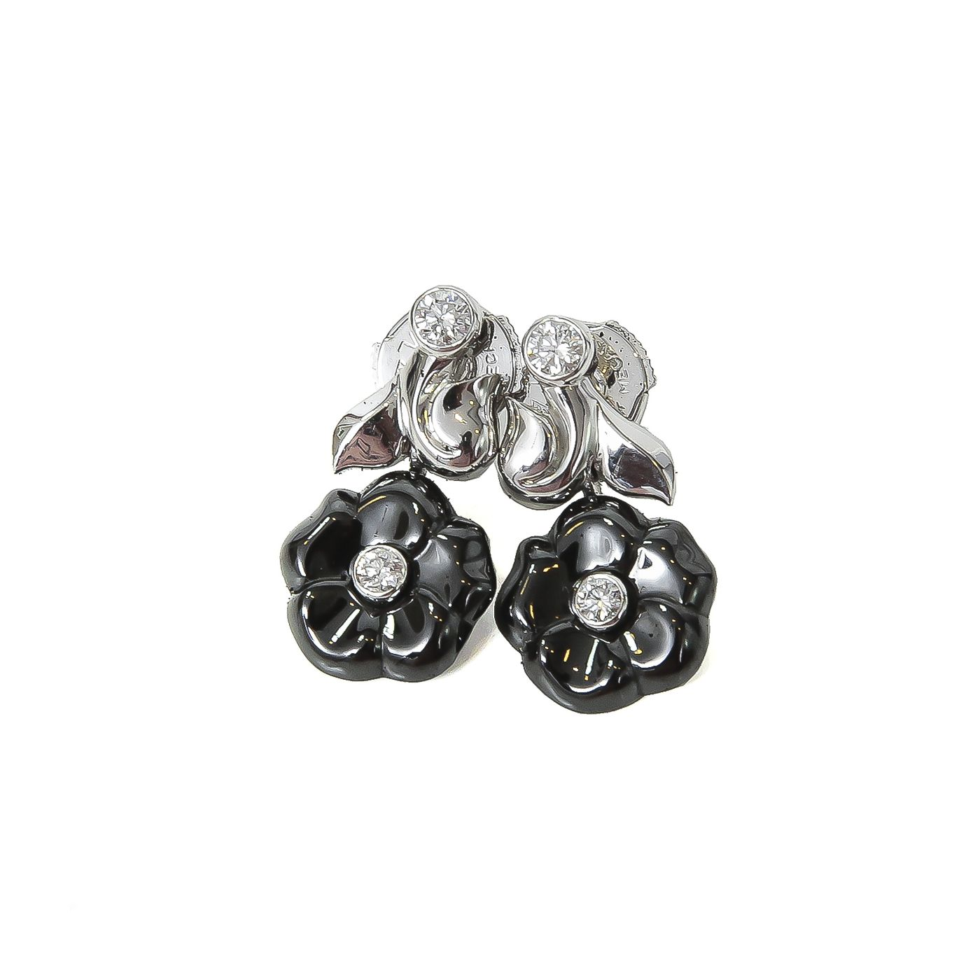 Chanel Galbe in Black Ceramic / 18k White Gold & Diamonds Camelia Earrings