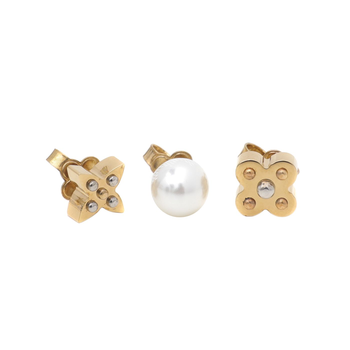 Louis Vuitton White Charmy Pearl Earring Studs